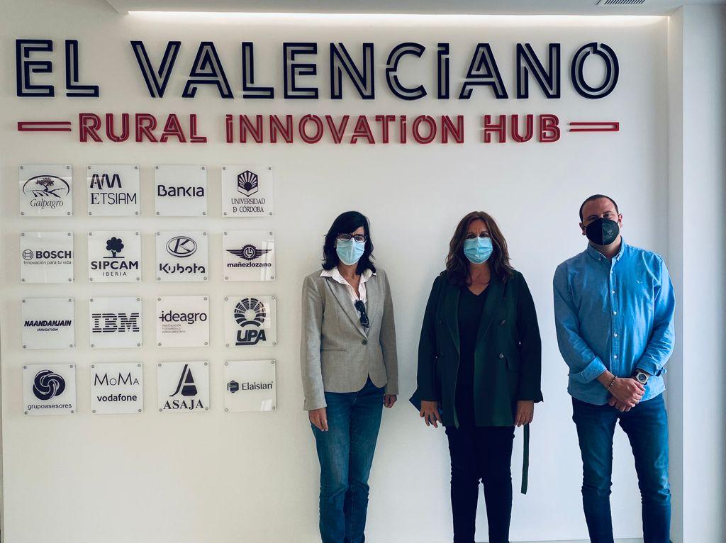 Representantes del Ayuntamiento de Málaga se acercan a conocer nuestro Rural Innovation Hub.